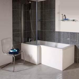 R aliser une petite salle de bain qui a tout d une grande for Salle de bain baignoire et douche petit espace